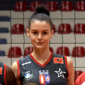Joana Kushi