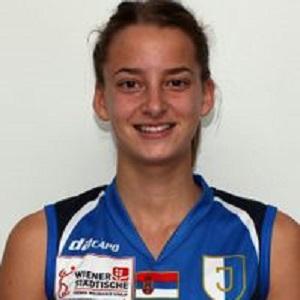 Nina Jakic